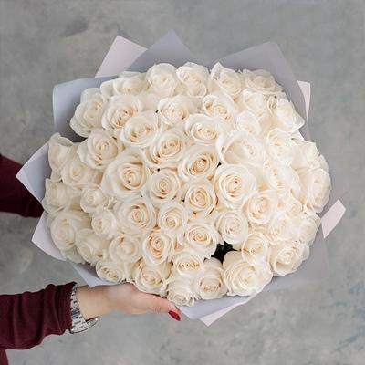 Roses to Sankt Peterburg