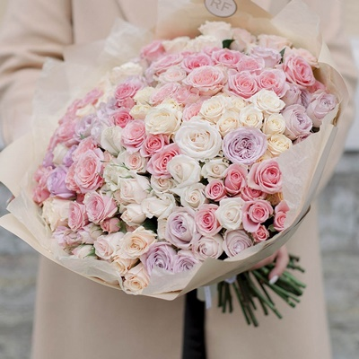 Roses delivery in Sankt Peterburg