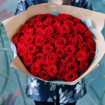 Send roses in Moscow Russia