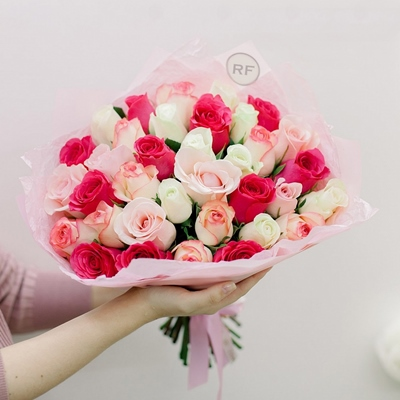 Roses delivery in Russia