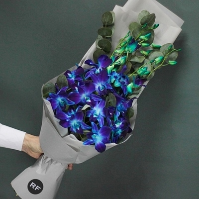 Send flower bouquet to Moscow