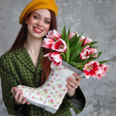 Flowers in box Moscow