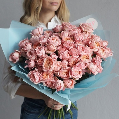 Peony delivery Moscow Russia