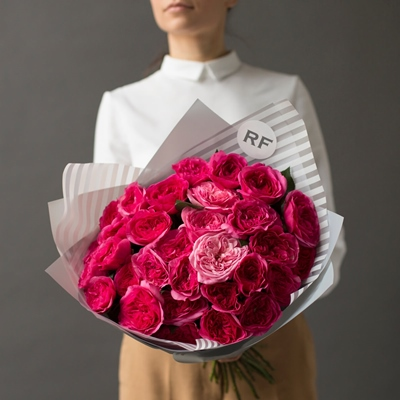 Send peonies to Russia