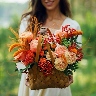 Flower baskets to Russia