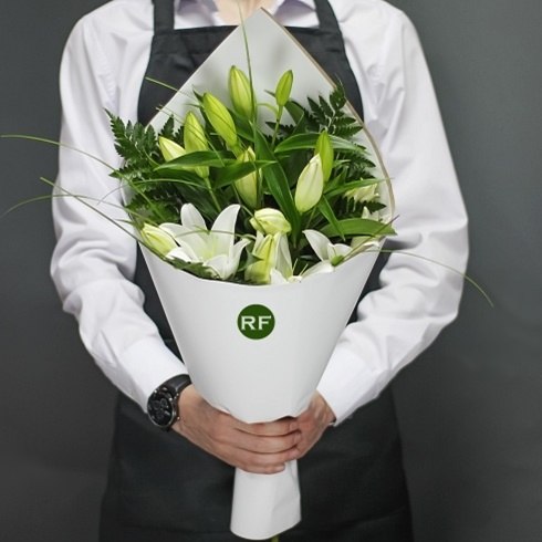 Flower bouquet delivery Moscow