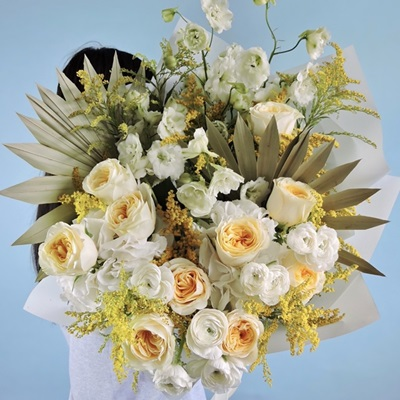 Flower bouquets delivery in Moscow