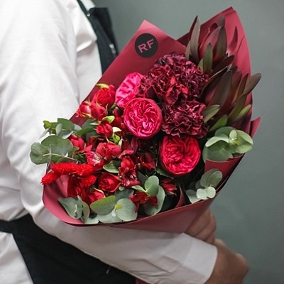 Flower bouquet delivery for Russia