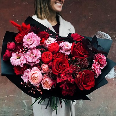 Flower bouquet delivery to Russia