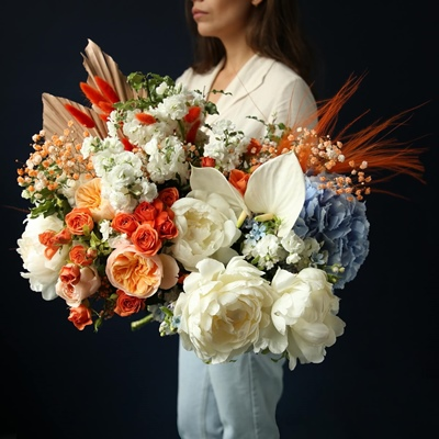 Luxury flowers to Moscow