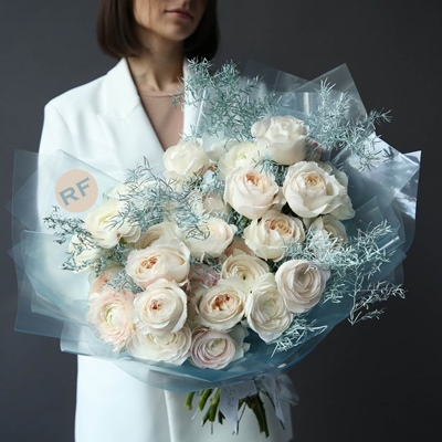 Luxury Flower Delivery in Russia