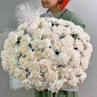 Luxury flowers to Russia