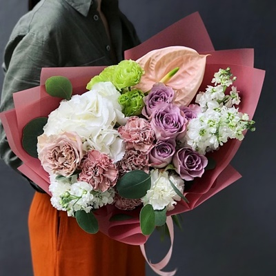 Flower bouquets delivery to Moscow