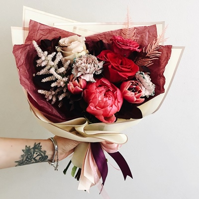 Order flowers for Moscow